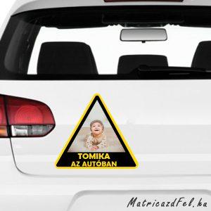 Baba az autóban matrica saját képpel és névvel